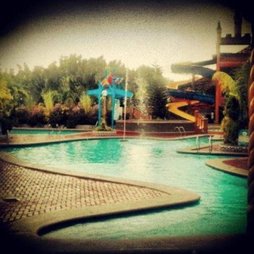 Swimmingunderthe Rain Kultura for the second time :))