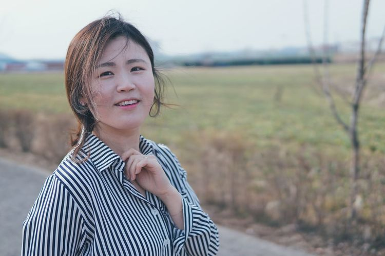 First Eyeem Photo Korean Portrait Love Snap Technology Young Women Leisure Activity Wireless Technology Front View Happiness One Woman Only People One Young Woman Only Only Women Adult One Person Young Adult Adults Only Smiling Wellbeing Day