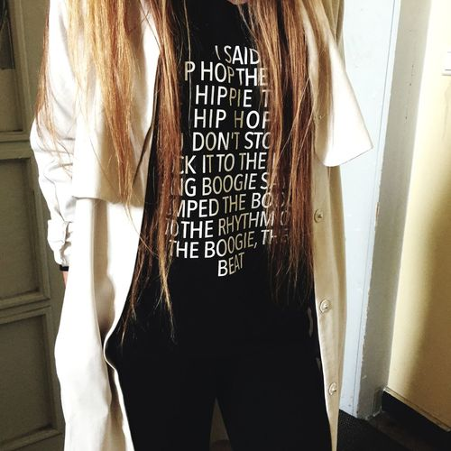 Tshirt Text HipHop Hair Girl Song Lyrics Urban Art By JUNIQE @juniqeartshop