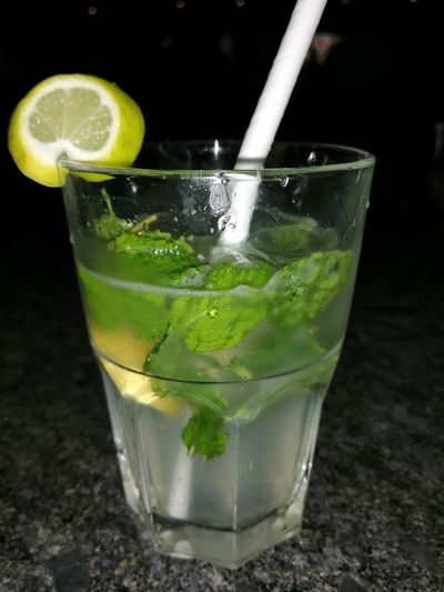 Virgin mojito South India Banglore Honor8xphotography Banglorediaries Mobilephotography Honor Mobile Photography Honor8X Mojito Drink Drinking Glass Lime Cocktail Drinking Straw Mint Leaf - Culinary SLICE Cold Temperature Close-up Lemon Lemonade Juicer
