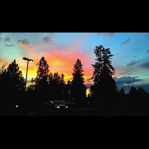 Grabbing some groceries at Safeway to this Sunset Sunset_madness Inbend Visitbend Bendlife Thepnwlife ShotOnMyLumia  Lumia Follow Love New Oegonexplored Exploregon Me Instagood Instadaily PNWonderland Getshoutout Centraloregon_igers Westcoast_exposures Getoutside Nofilter Nofilterneeded LumiaLove Pnwcollective pnwisbest sunsetlovers