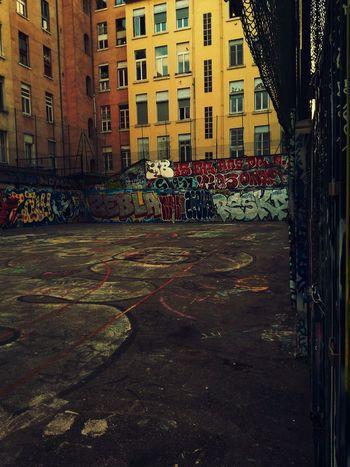 Graffiti. Streetphotography Urbanphotography Urban Sports Urban Lifestyle Streetart Building