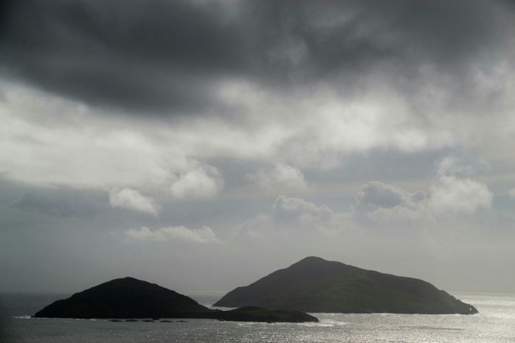 Color Palette Ireland Landscapes Islands Cloudy Sky Grey Sky Ring Of Kerry Cloudyday The Magic Mission