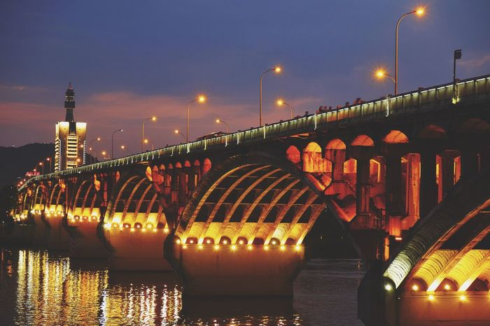 Bridge - Man Made Structure Night Illuminated Architecture River Built Structure Reflection Travel Destinations Water Outdoors City Cityscape Sky Light And Shadow Dramatic Sky Landscape Travel Changsha, Hunan FUJIFILM X-T10 Cityscape Cloud - Sky Sunset Dusk Reflection Nightlife