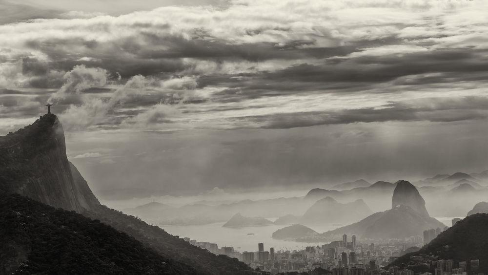 Pão De Açucar Rio De Janeiro Sugar Loaf Theo Leopardi Vista Chinesa Beauty In Nature Cloud - Sky Day Mountain Mountain Range Outdoors Sepia Sky