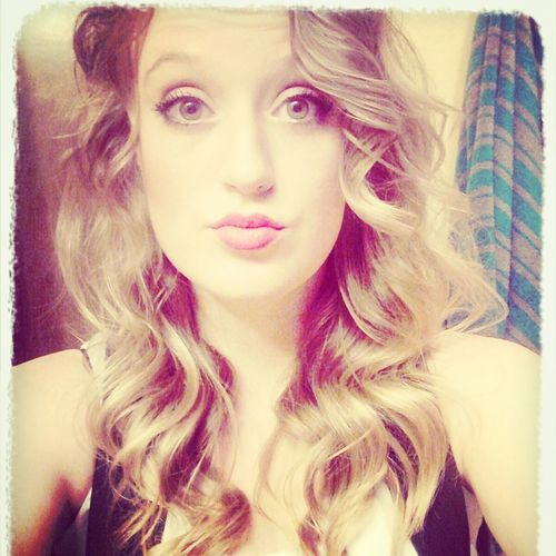 Blonde Hair Dnt Care !! Beautiful ♥