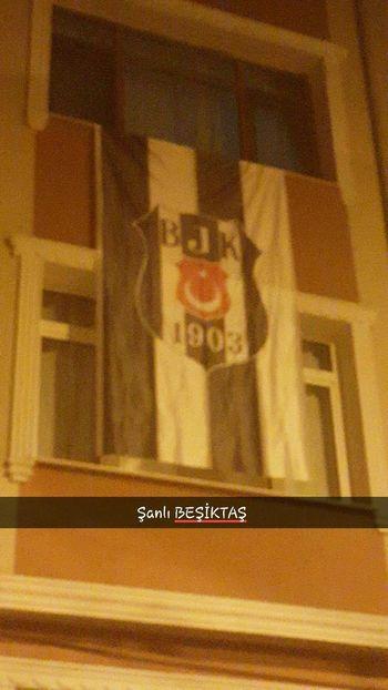 şanlı Besiktas Siyah Beyaz Sampiyon 2015-2016 Turkishleague