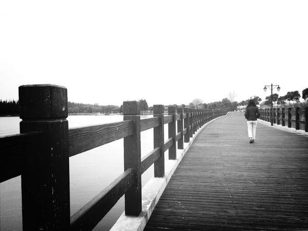 Blackandwhite Black & White Taking Photos Memories Vanishing Point