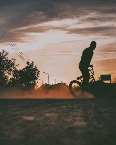 Sunset Silhouette One Person Bicycle Full Length Real People Leisure Activity Transportation Riding Men Land Vehicle Sky Sport Nature Outdoors Lifestyles Bmx Cycling EyeEm Best Shots Tree Day Bmx  The Great Outdoors - 2017 EyeEm Awards EyeEm Gallery EyeEm Best Edits The Week On Eyem Live For The Story The Photojournalist - 2017 EyeEm Awards Place Of Heart Let's Go. Together. Sommergefühle EyeEm Selects Your Ticket To Europe