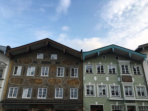 Architecture Bavaria Bavarian Architecture Fassade Bad Tölz Upper Bavaria Bavarian City Bavarian House Built Structure Building Exterior Architecture Low Angle View Building City Façade High Section Apartment No People