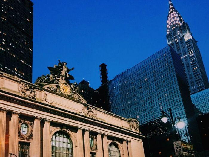 Famous Buildings New York Grand Central Terminal Chrysler Building Colour Your Horizn Architecture Building Exterior Travel Destinations City Outdoors Skyscraper