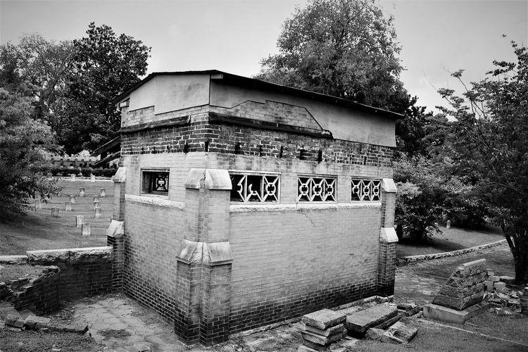 Weathered ATL Georgia Oakland Cemetery, Atlanta Georgia Blankandwhite Brick Cemetery_shots Historic Weathered Bricks