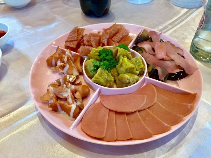 Chinese starter Food And Drink Food Ready-to-eat Freshness Plate Table Serving Size High Angle View Temptation Close-up Household Equipment Wellbeing Homemade Healthy Eating Meal Still Life Indoors  Indulgence No People Appetizer