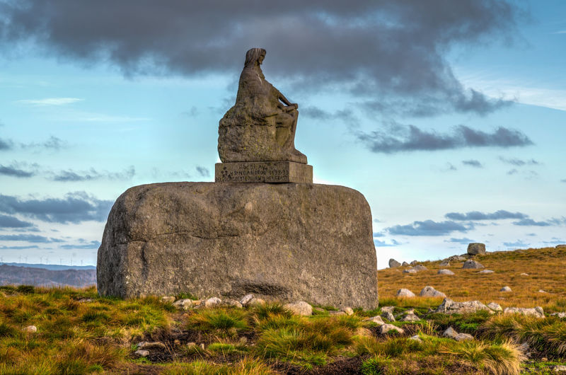 Steinkjerringa Cloud - Sky Sky Nature Architecture History No People Day Grass Field Travel Destinations Solid Land Landscape Outdoors Steinkjerringa Mor Norge Rock - Object Rock Formation
