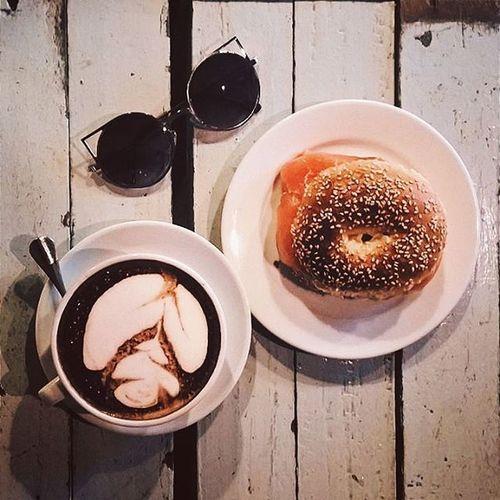 Tea break. ☕ 😚 😚 😚 😚 Mugshot Cafe Latte Burger Salmoncheese Chitchat Teabreak Sweet Buddiesforever Lovely Penang Georgetown Smile Vscocam VSCO Vscophile Vsco_hub