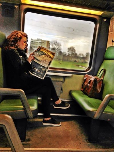 On The Train Shootermag AMPt_community NEM Green
