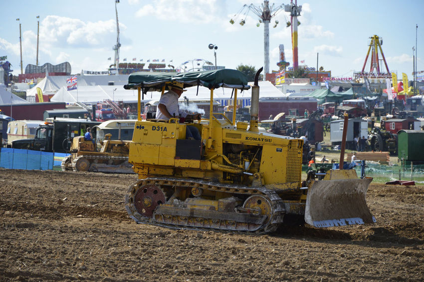 Construction Vehicle Day Dozer Drót No People Outdoors Steam Fair Tracked Tracked Excavator
