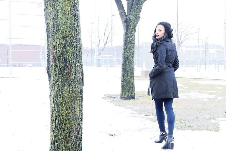 It's Cold Outside Jade D'or Jade This Is Montreal Winteriscoming Taking Photos Hanging Out Modelgirl Miss Canada Missing Someone Iceland