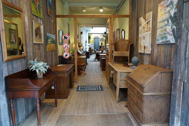 An antique shop in Antwerp Retro Furniture Vintage Furnitures Wooden Furnitures Antwerp Entrance Portal Antique Shop Seat Architecture Indoors  Chair No People Business Store Table Furniture Building Built Structure Absence Small Business Communication Retail  Day