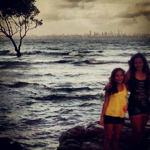 Sdds ilha<3 Me Mariana Sister Summer girls mar sungoesdown sun smiles 3DaysToTay 15DaysToLouis followback followme like4like F4F BackToDecember
