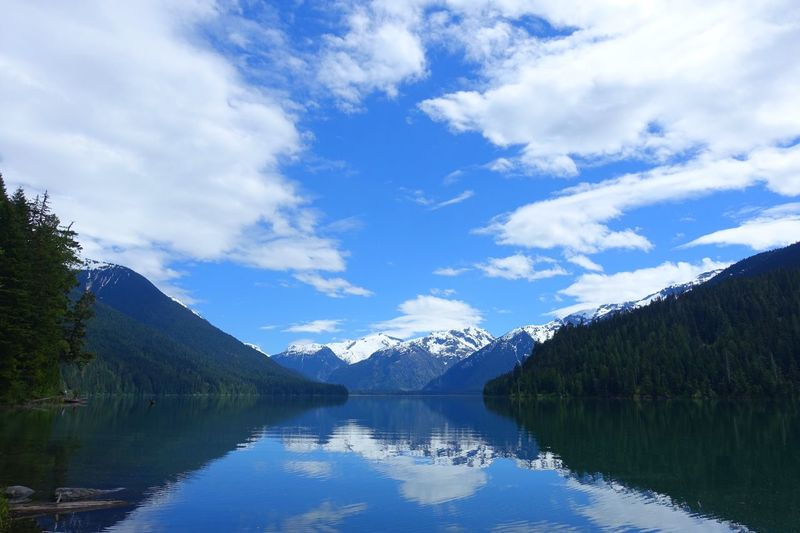 Cheakamus Lake Garlibaldi Park Whistler Canada Road Tripping Hiking Exploring Abventure Travel Mirror Forest Mountains Clouds Sky Water Lake Nature