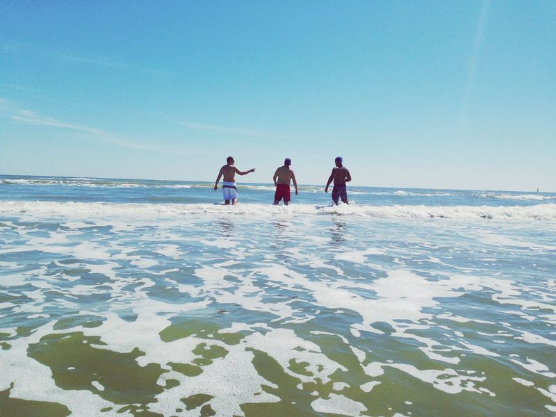 Waves Silhouette Lifestyle Lifestyle Photography Beach Life Guys Hanging Out Back View Three People Water Sea Sky Beach Beauty In Nature Nature Group Of People Men Leisure Activity Horizon Over Water Scenics - Nature Togetherness Real People