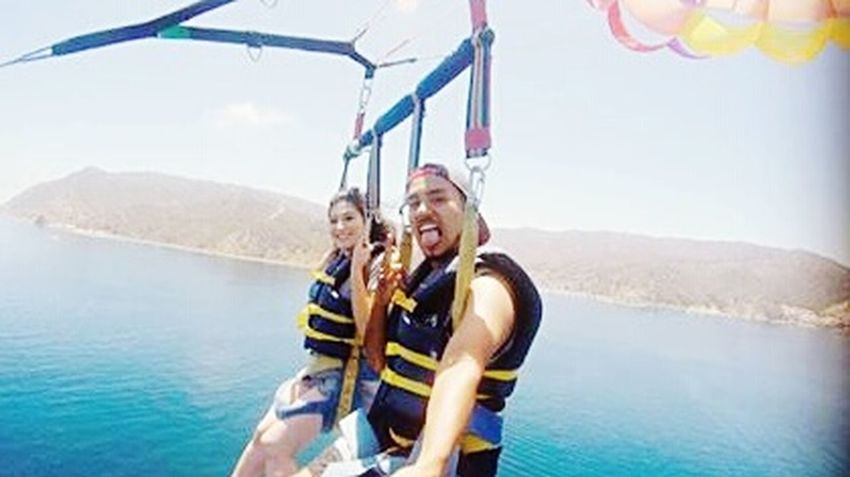 I Belive I can fly Parasailing Flying Catalina Island  Los Angeles, California Relaxing Taking Photos Enjoying Life Hanging Out Check This Out Popular Photos