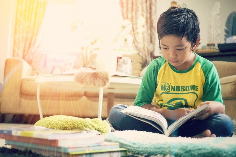 Books Reading Bookreading Kids Booklover Bookaholic Reading Books The Portraitist - 2016 EyeEm Awards