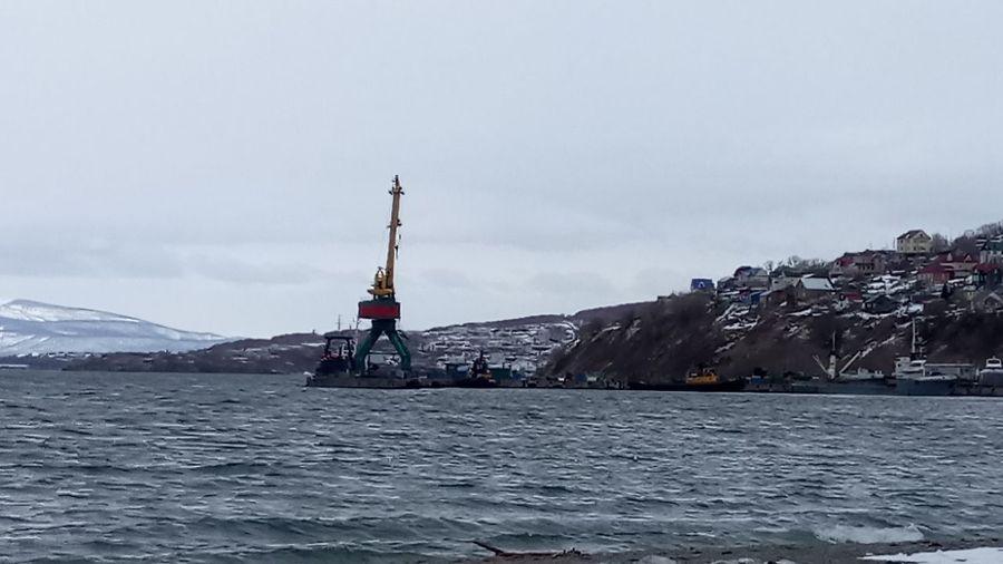 Порт в Сероглазке Kamchatka. Залив Петропавловск Камчатский., бухта камчатка город вода порт