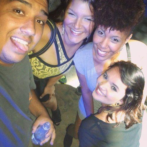 Sobre o fim de semana, ColegasDeTrabalho Show Oriente Rap Eletronica Dbozz NoiteGostosa Baladaboa Queromais (;