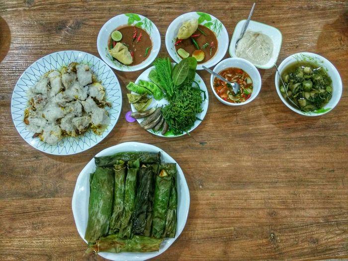A Taste Of Life ... Ikan Bakar Budu Budu Durian Ulam Air Asam Ayam Percik Petai Terung Rebus Pucukpaku