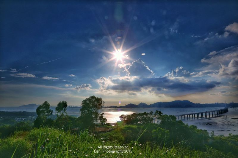 Creative Light And Shadow 下白泥Sunset And Clouds  EyeEm Best Shots - Landscape Sunset Sea And Bridge Relaxing