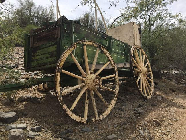 Desert Landscape Desert Life Arizona Desert Western Desert Desert Beauty Western Style Western Desertporn Arizona Country Living Cowboy Country Country Life Countrylife Countrystyle Countrylivin Country Living 🚜🌾🌽 Vintage Nofilter Wagon  Deserted Scapes Countryside Vintage Wagon Vintagestyle Vintage Look