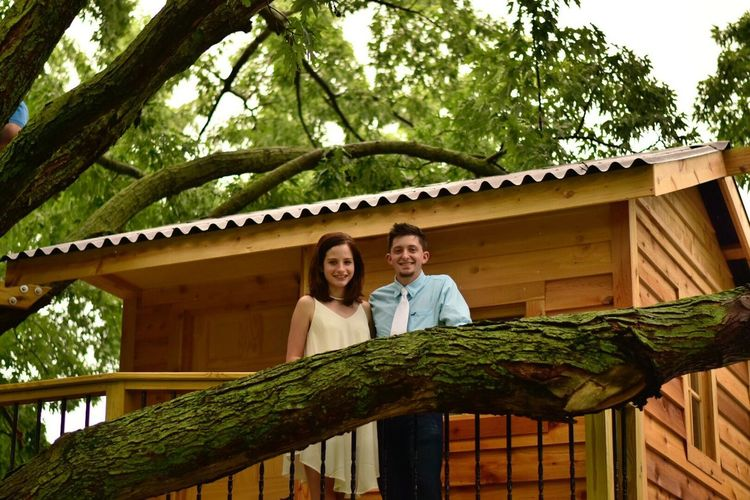 The bride and groom Wedding Rehearsal Wedding Photography Smiling Togetherness Two People Looking At Camera Love Happiness Portrait Outdoors Real People Tree House♥ Tree House
