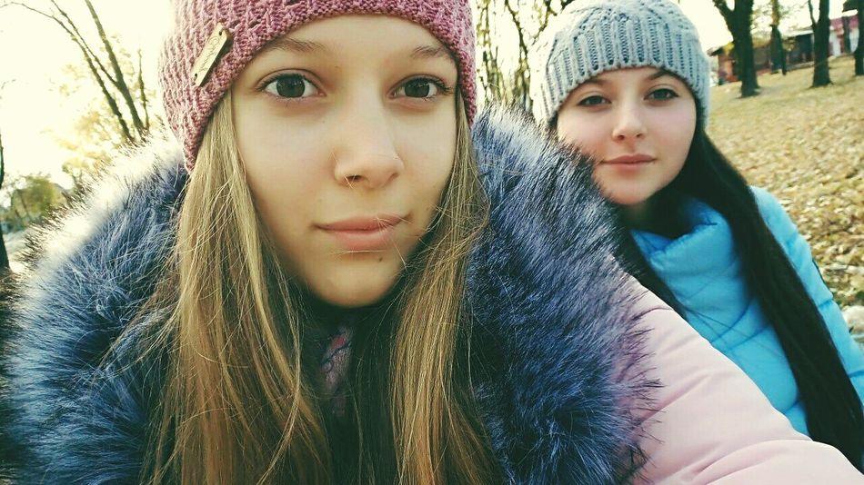 Two People People Young Women Beautiful Woman Likes Beauty Day Friendship Bestfriend 😚 💕💕💕💕💕💕💕