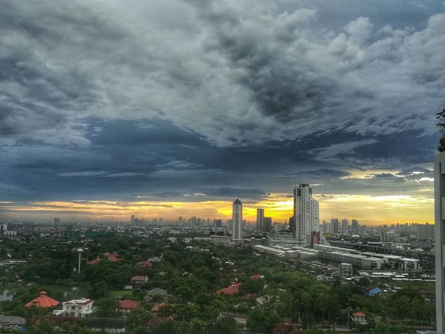 One day out... Cityscape City Urban Skyline Skyscraper Cloud - Sky No People Sunset Sky Nature Day Outdoors Eyeemthailand EyeEm Gallery Huaweiphotography Huawei Collection Beauty In Nature