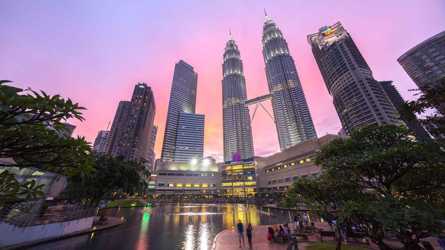Dramatic Sky Pink Epic Sunset at Kuala Lumpur Suria KLCC Petronas Twin Towers Cities At Night