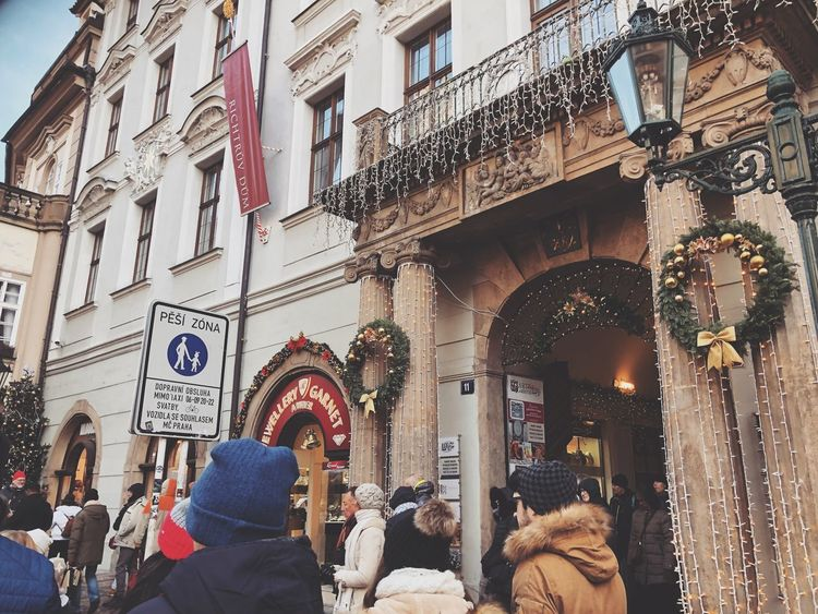 #christmastime #praha Real People Architecture Building Exterior Built Structure Lifestyles Outdoors Men Day City