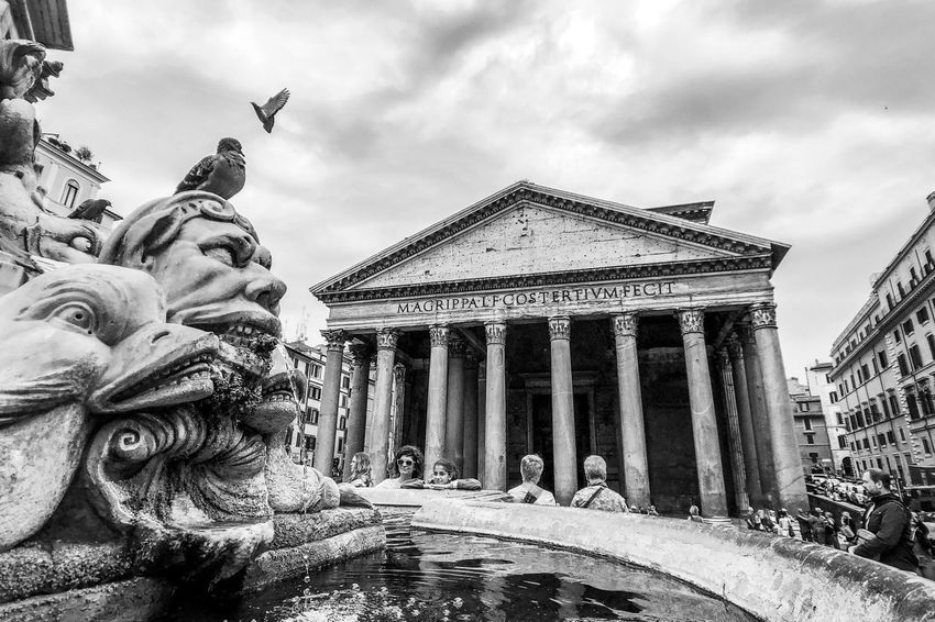 Pantheon, Roma Light And Shadow Monochrome Black And White Architecture Sky Cloud - Sky Built Structure Sculpture Art And Craft Representation Statue Building Exterior History Religion Travel Travel Destinations Building