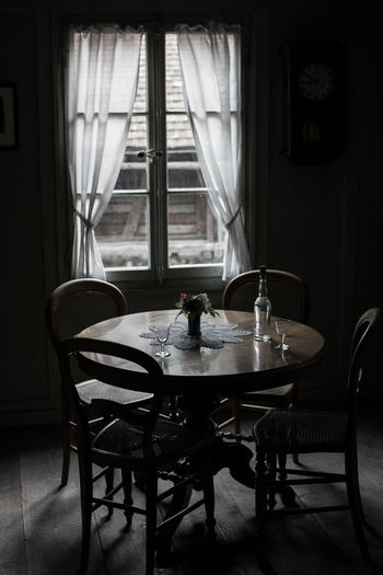 Chairs and table in room