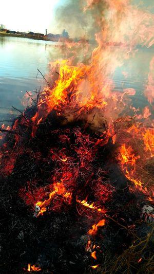 z_x Fire Sky EyeEm Ready