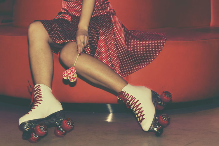 They see me rollin' Pinup Pinupmodels PinUpGirl Pinupstyle Pinup Photography Vintage Style Young Women Pinupart Pinup Girl Pinupmodel Pinupbabe Pinupdolls Pinupphotography Rollerskatesday Roller Derby Rollerskates Rollerderby Lolipops Lolipop Pinup Portrait Pinup Contest