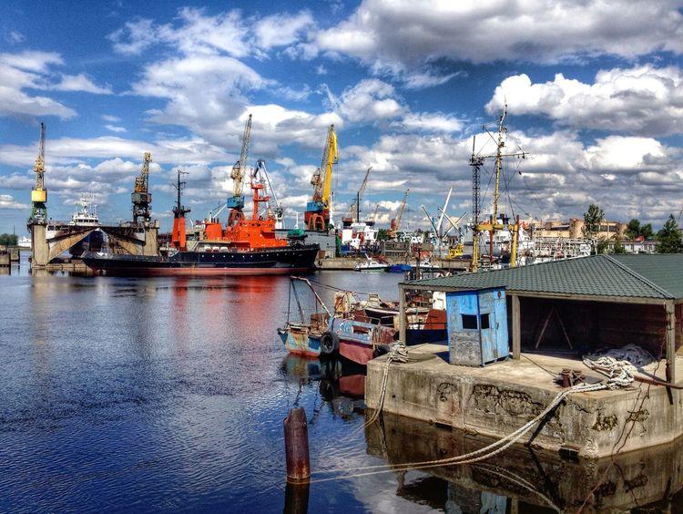 Kanonersky Island Saint Petersburg Ship HDR Collection