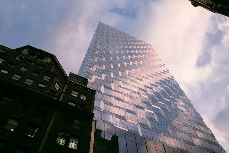 Architecture Building Exterior Built Structure Building Low Angle View City Modern Sky Cloud - Sky Office Office Building Exterior Tall - High Nature Glass - Material No People Reflection Day Tower Skyscraper Outdoors Glass