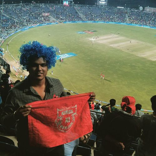 Kxip Kkr Ipl8 Ipl MCA Pune Punekars Puneinstagrammers Puneigers First Time Live Cricket Upper Bay Punjab Malinga Hairdo Wig Headband Korbolorbojeetbo Srk Kings Preity Evening match