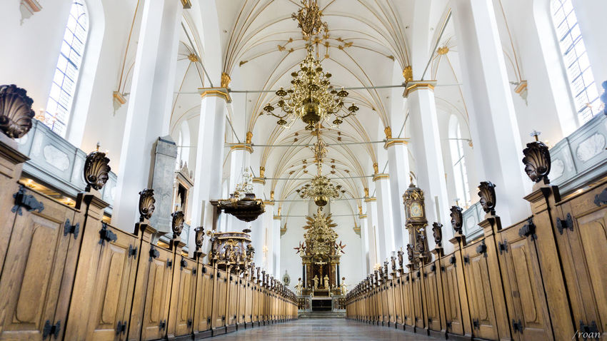 Landscape Lightroom Denmark Copenhagen Church Indoors  Religion Belief Christian Gold EyeEmNewHere Architecture History Ceiling Window Symmetry Travel Destinations Indoors  Architectural Column