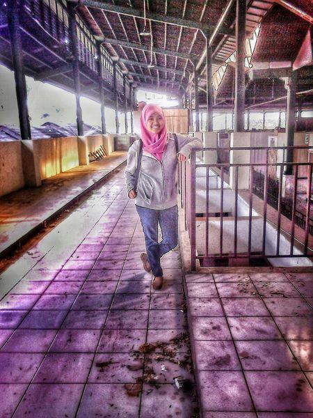HDR EyeEm Hijab Follow OpenEdit Me Likeforlike Girl INDONESIA 👍👍👍