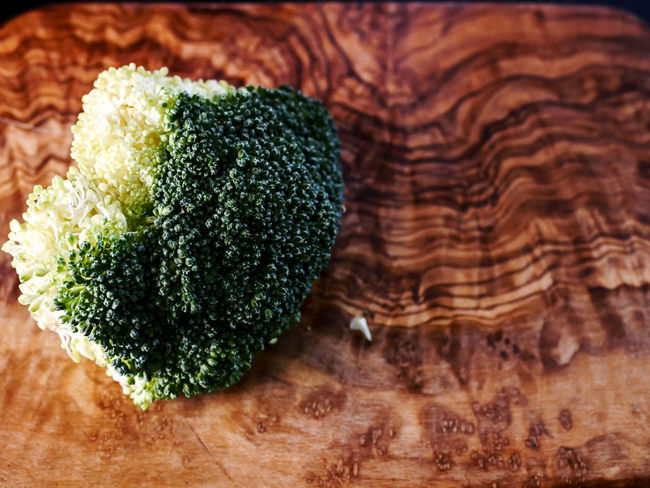 Broccoli Broccolisprouts Brown Close-up Food Food And Drink Freshness Green Green Color Healthy Eating High Angle View Indoors  No People Pattern Ready-to-eat Snack Still Life Table Temptation Textured  Vegetable Wellbeing Wood - Material Wood Grain