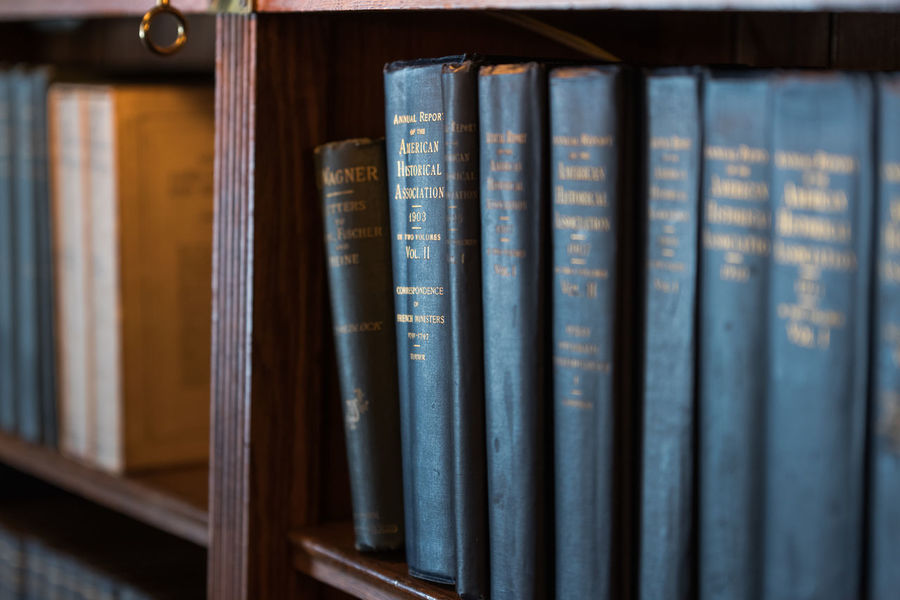 Book Book Cover Bookshelf Bookstore Close-up Collection Day Education Hardcover Book In A Row Indoors  Intelligence Large Group Of Objects Learning Library Literature No People Research Shelf Wisdom