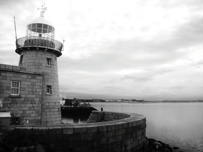 Lighthouse Lighthouse_lovers Lighthouse_captures Lighthouses Lighthouseview Sea Ireland Ireland🍀 Irelandinspires Port Lighthousephotography EyeEm Gallery Eye Em! Eye Em EyeEm First Eyeem Photo Howth Travel Traveling Landscape